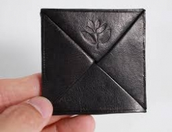 MGNTA WALLET COIN HOLDER BLK - Click for more info